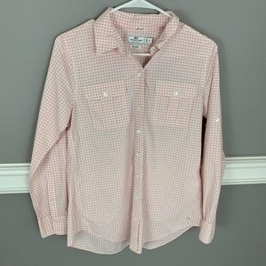 Vineyard Vines Button Down Pink and White Shirt